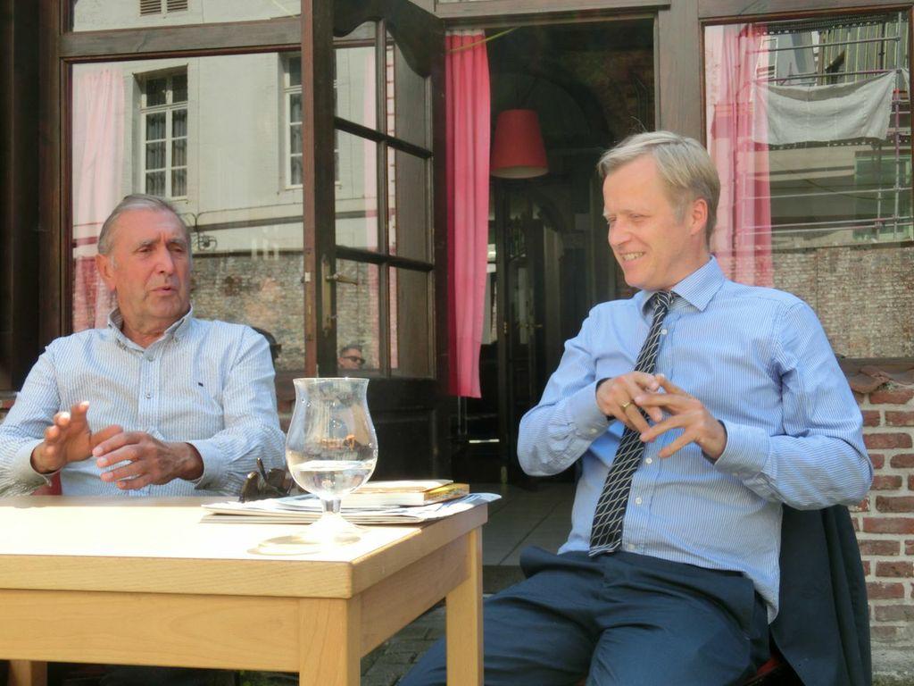 Kurator Jacob Fabricius (rechts), Direktor Steven Op de Beeck, Mechelen 2013