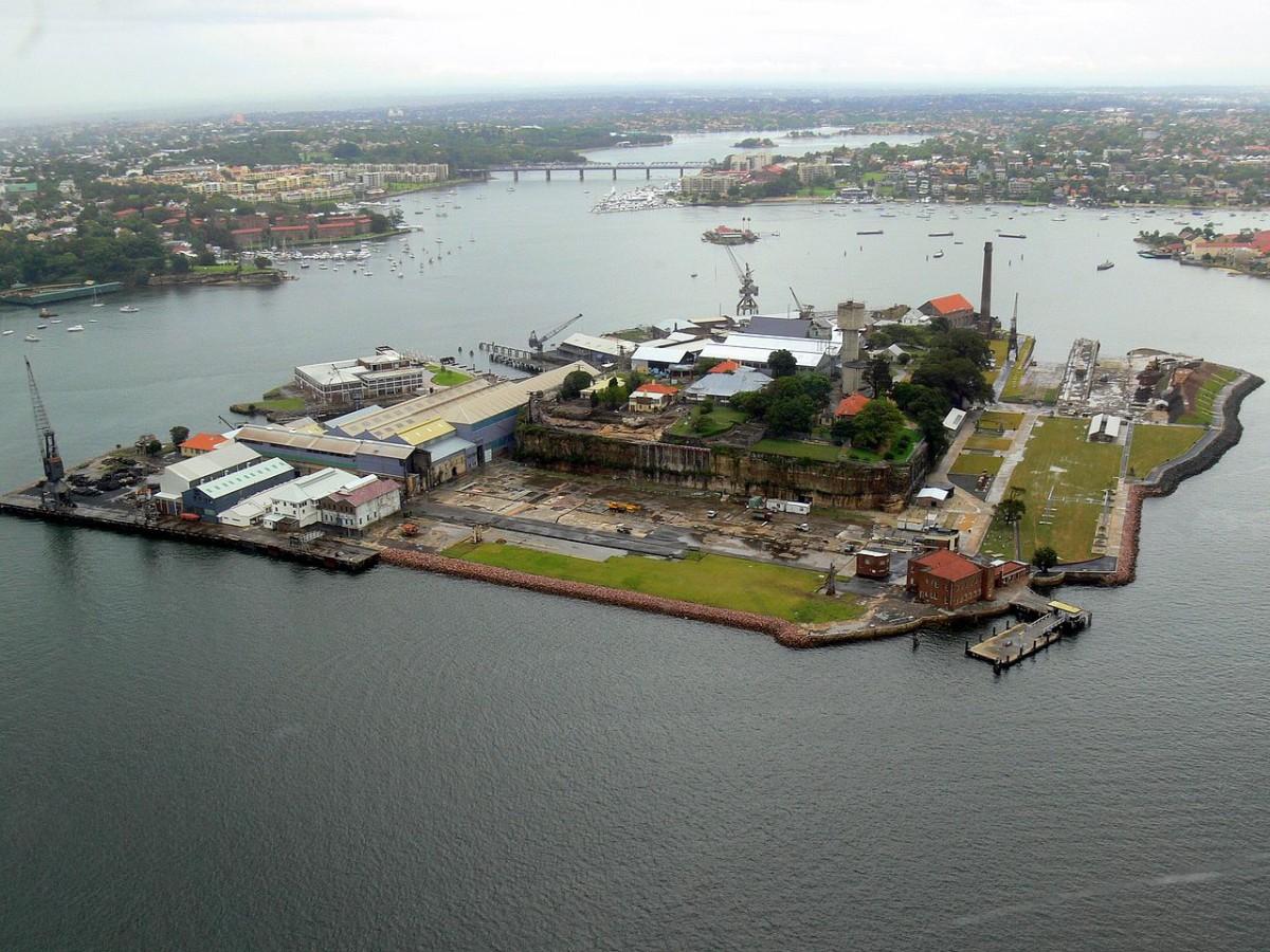 Cockatoo Island, c JROBBO