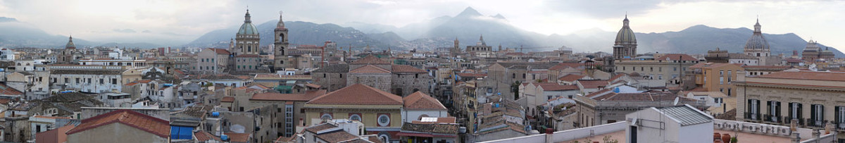 1280px-Panorama.Palermo