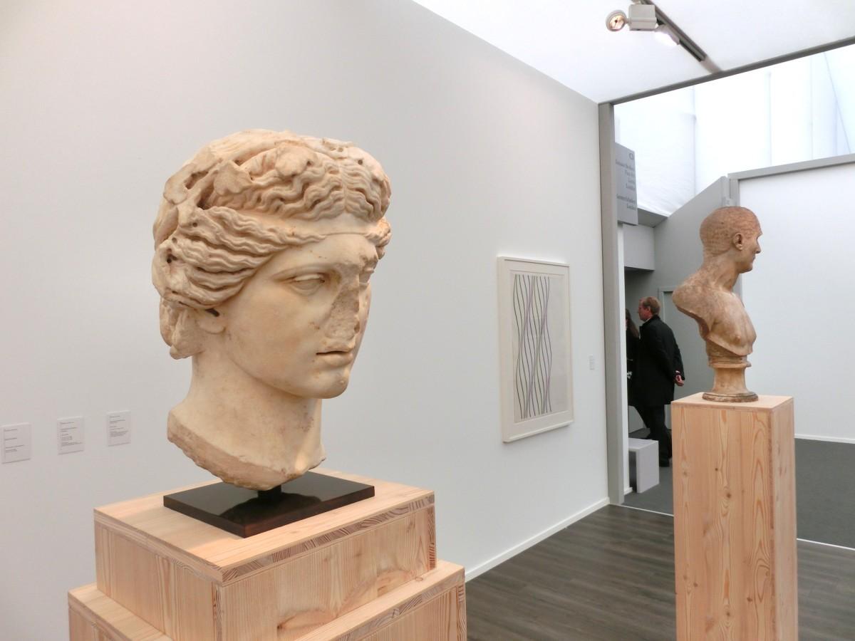 Apollo oder Dionysos, 2 AD + Bridget Riley