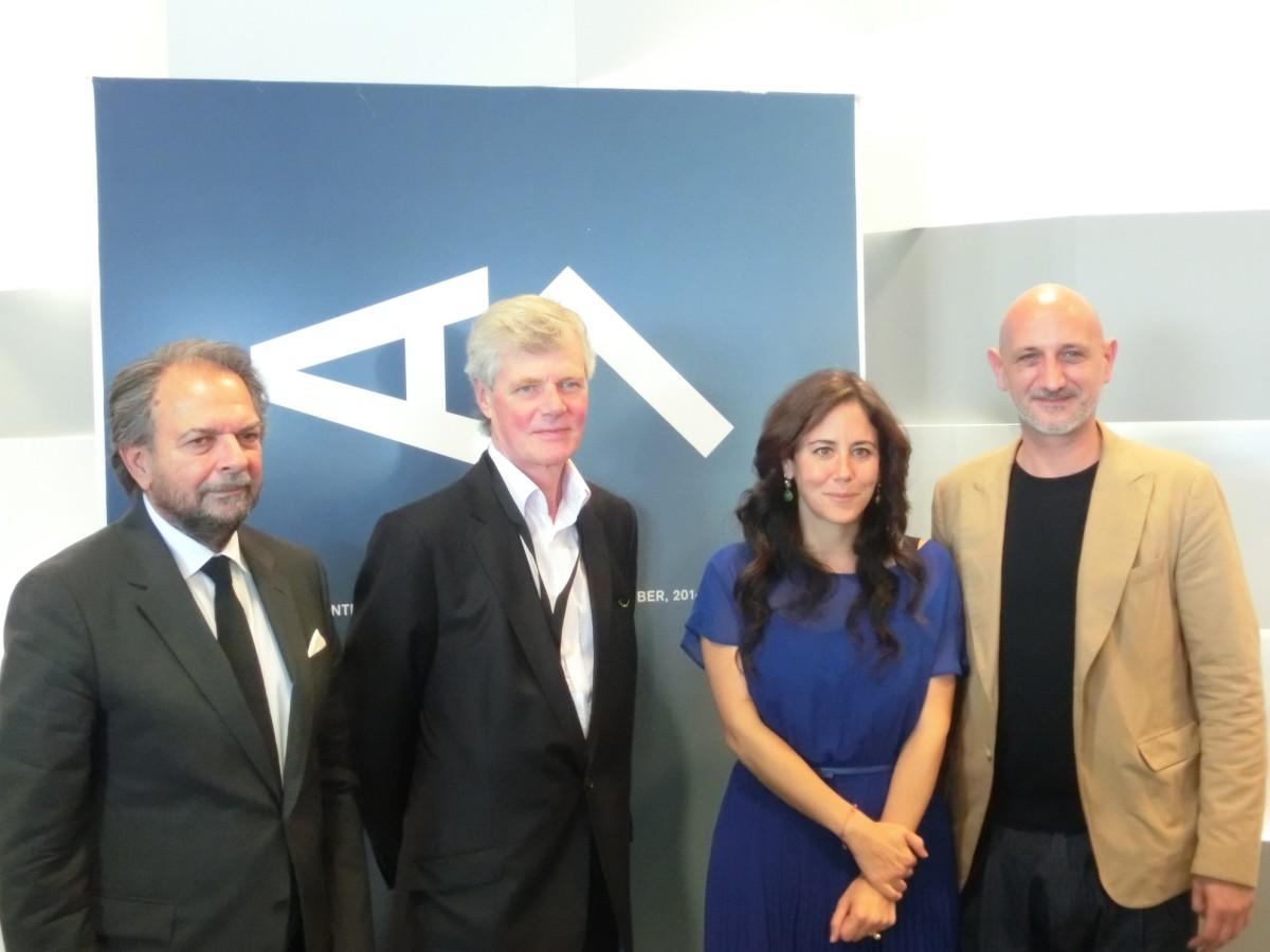 Messeteam mit Sandy Angus, Dyala Nusseibeh, Stephane Ackermann // SBV