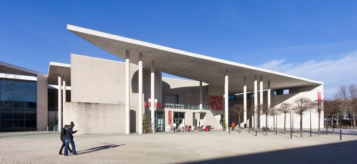 Kunstmuseum Bonn, Foto Raimond Spekking, wikipedia