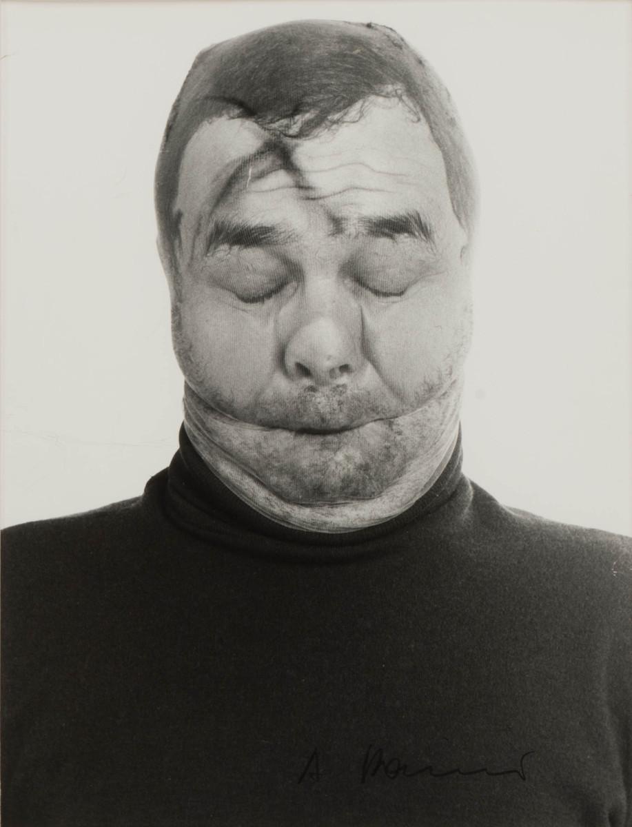 Arnulf Rainer, Face Farces, 1972. SW Foto. Rufpreis 600,- Courtesy AAC