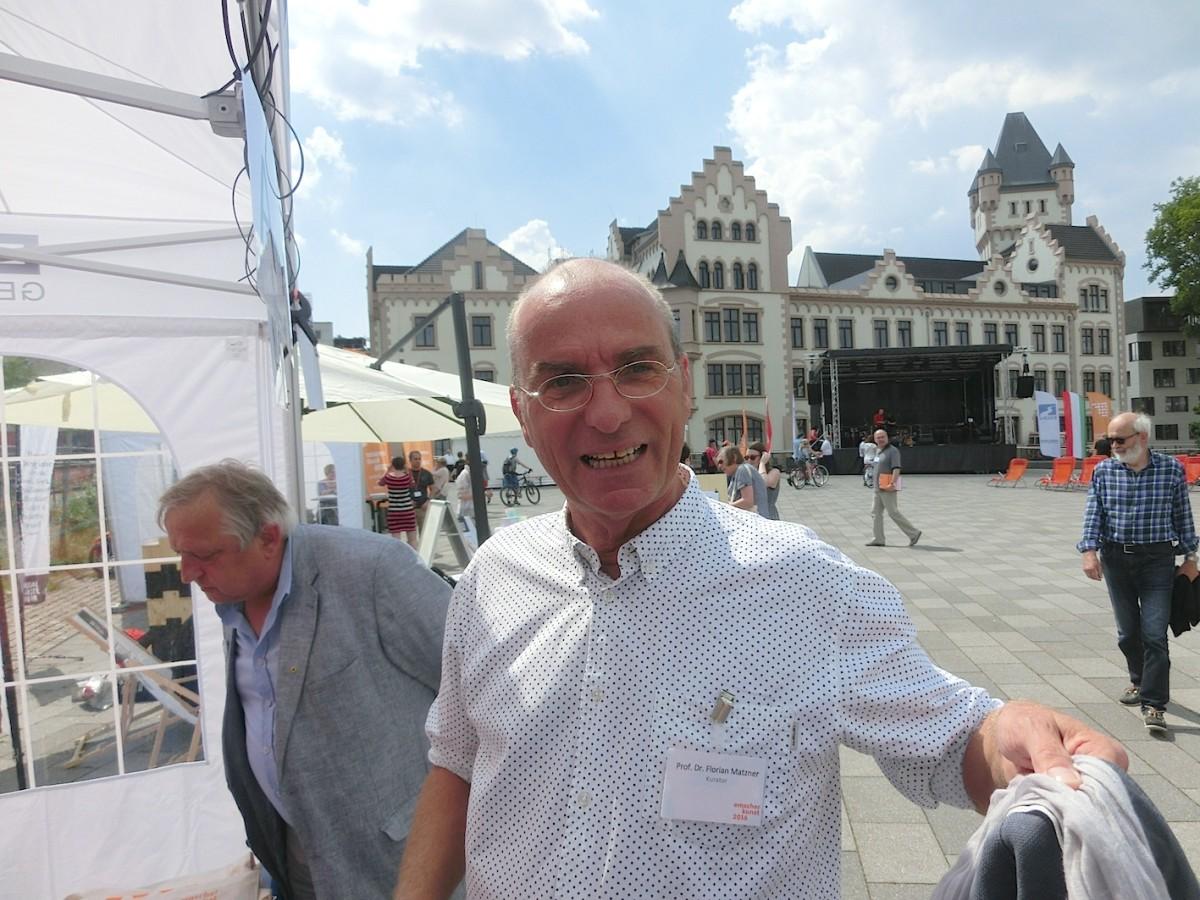 Florian Matzner beim Eröffnungsfest Emscherkunst 2016 // SBV