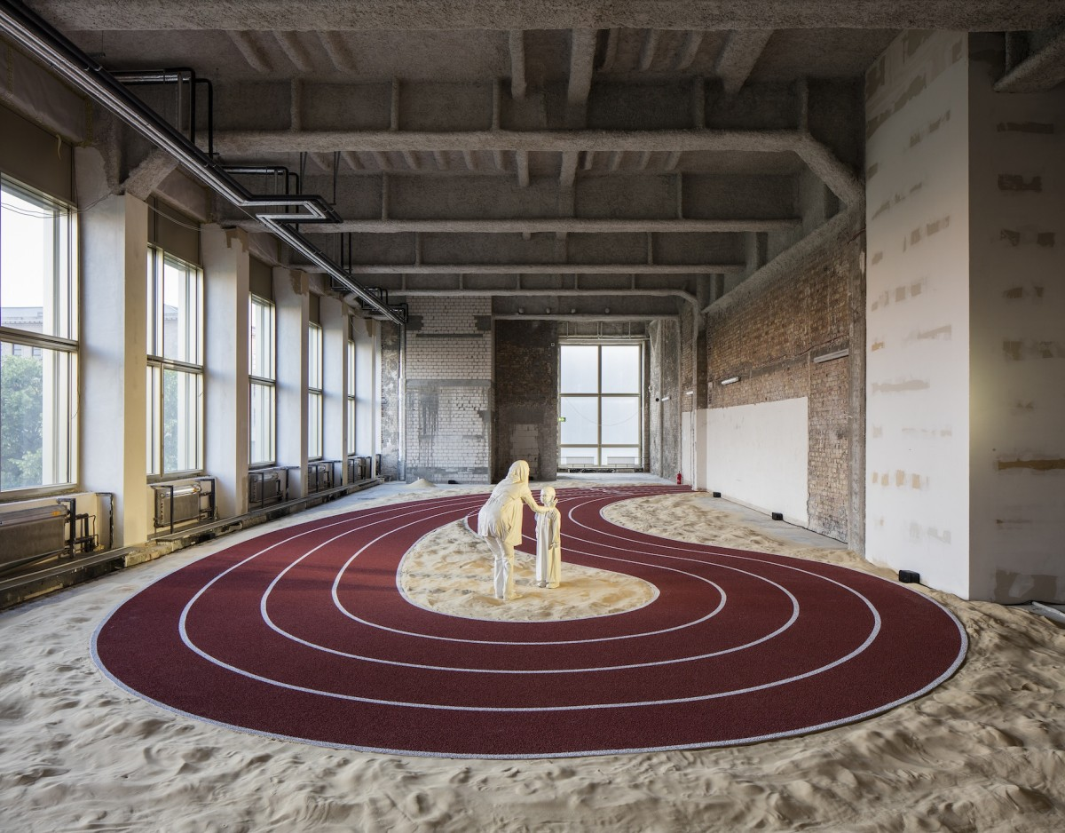 GCC (Kraupa-Tuskany Zeidler, Berlin; Project Native Informant, London; Mitchell-Innes & Nash, NY), Positive Pathways, 2016. Commissioned + produced by Sharjah Art Foundation. Foto Timo Ohler