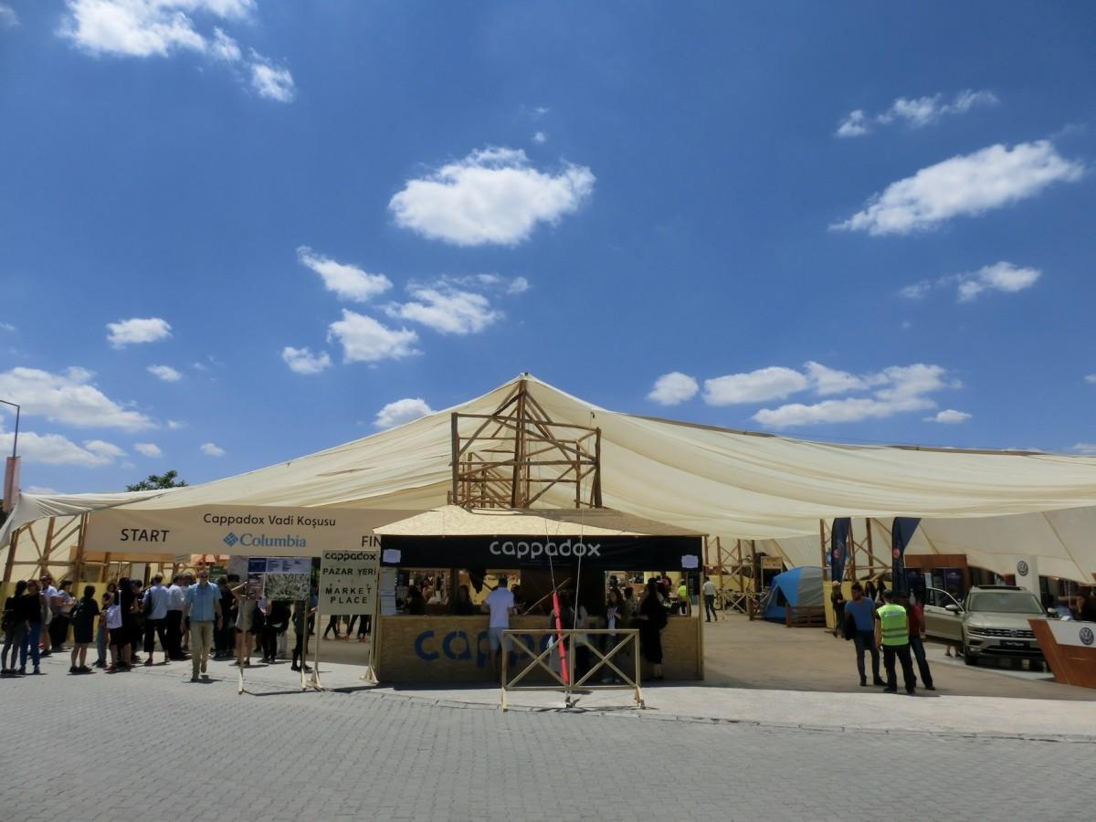 Festival Zelt // SBV