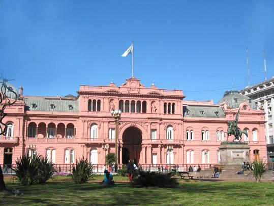 Präsidentenpalast Casa Rosada in Buenos Aires // wikimedia