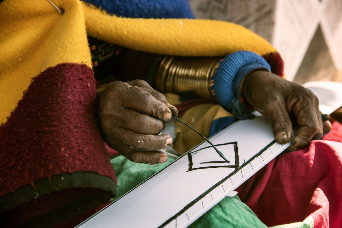 P90231748_highRes_esther-mahlangu-appl
