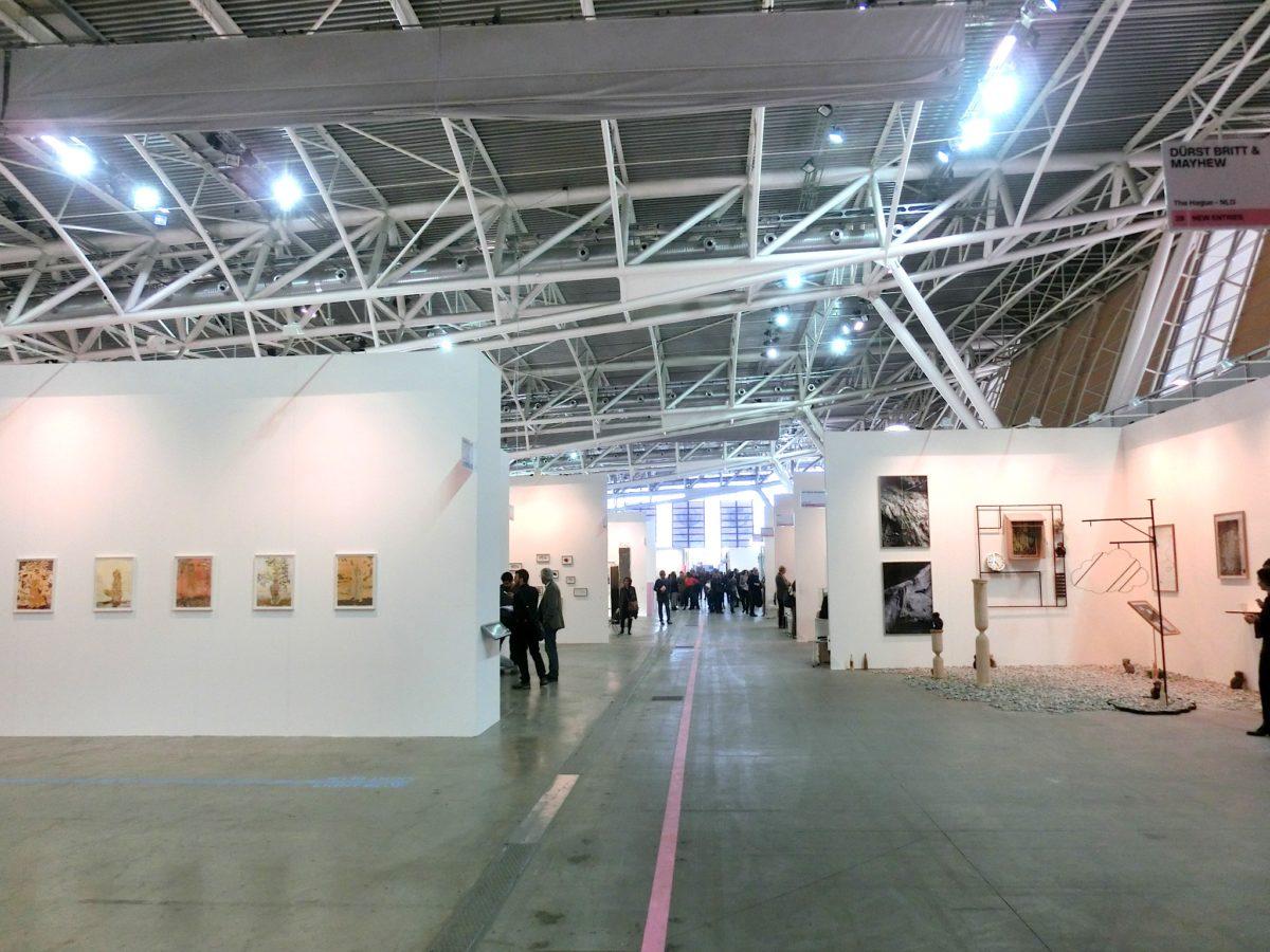 New Entries, rechts vorne Galerie Nathalie Halgand // SBV