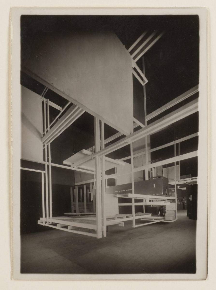 Friedrich Kiesler, Fotografien der Raumstadt (City in Space), 1925. Sammlung Dieter + Gertraud Bogner im mumok seit 2017. Foto: mumok