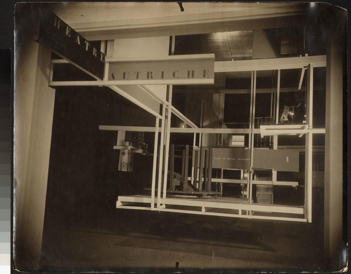 Friedrich Kiesler Fotografien der Raumstadt (City in Space), 1925 Silbergelatineabzug auf Barytpapier, Sammlung Dieter und Gertraud Bogner im mumok seit 2017 Photo: mumok