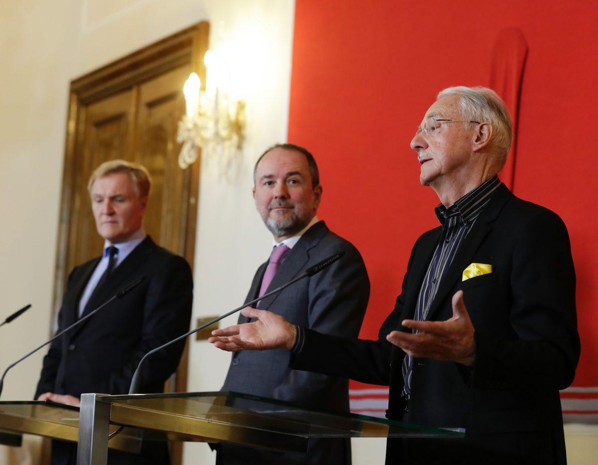 Pressekonferenz die Zukunft der Sammlung Essl