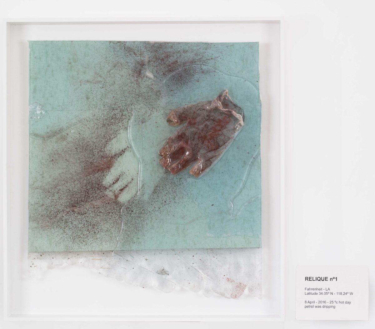 Laure Prouvost, RELIQUE n°1, 8 April 2016, 2016. Galerie Nathalie Obadia, Paris / Bruxelles