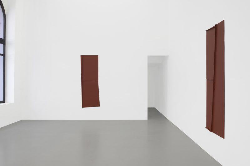 Florian Pumhösl, Kanal. Courtesy Galerie Meyer-Kainer. Foto Marcel Koehler