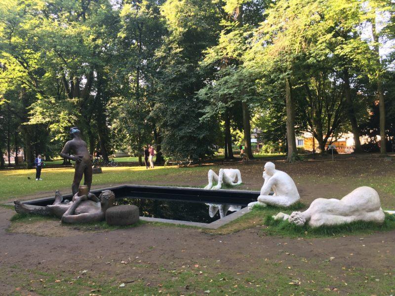 Nicole Eisenman, Nicole Eisenmans Skulptur im jetzigen Zustand. Fotos Aline Krahn