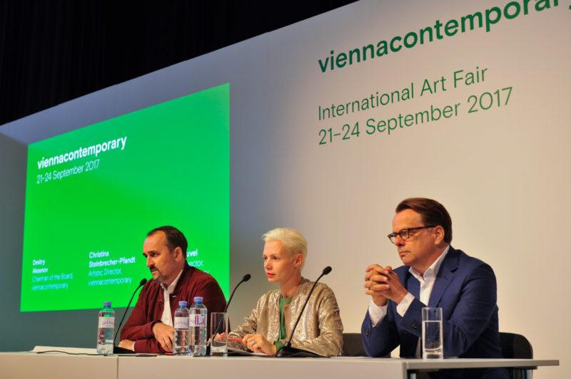 Vienna Contemporary 2017, vlnr Dimitry Aksenov, Christian Steinbrecher-Pfand, Rengar van Heuvel. Foto HJ Kamerbeek
