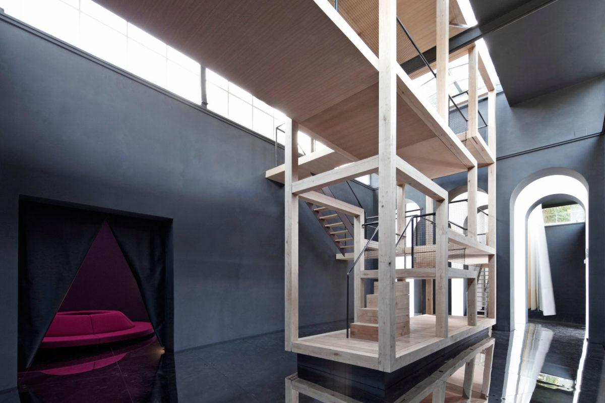 Henke Scheieck, Ausstellungsansicht Österreich Pavillon, Foto Martin Mischkulnig. 16. Architektur Biennale Venedig 2018