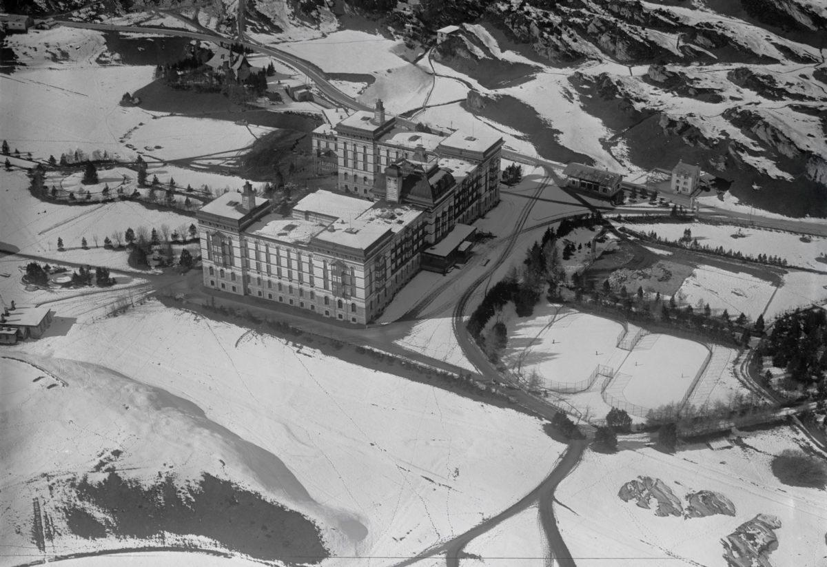 Maloja Hotel Palace, Foto Walter Mittelholzer, Sammlung ETH Bibliothek, wikimedia