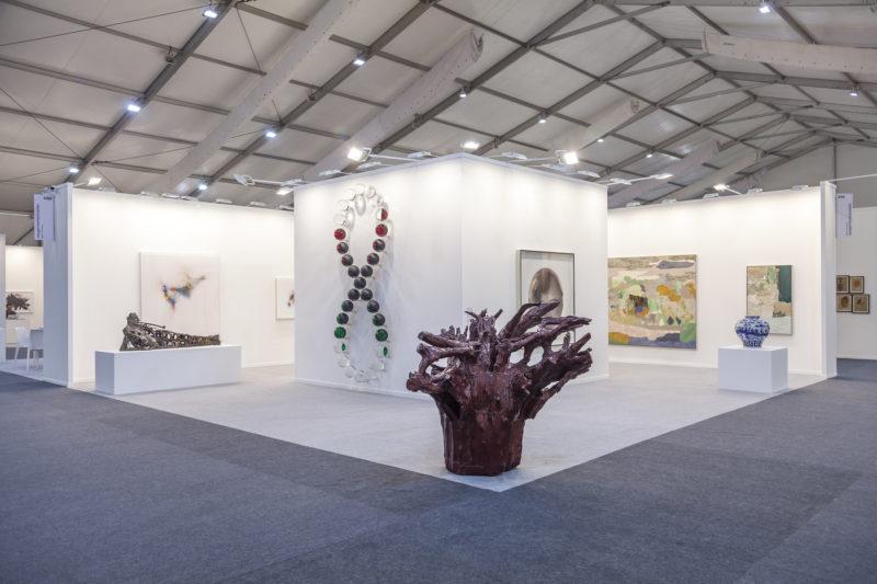 Stand der Galerie Neuger Riemschneider, India Art Fair 2019