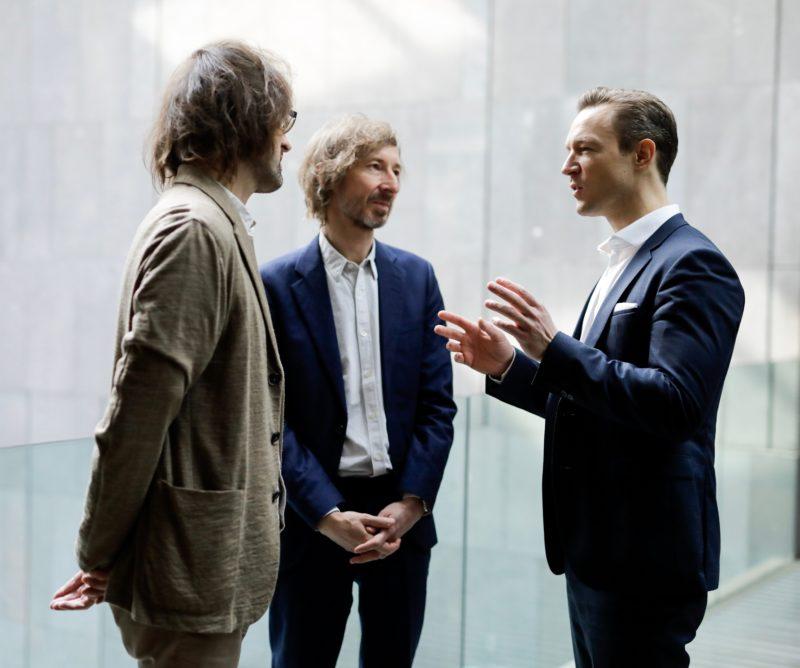 Helge Mooshammer, Peter Mörtenböck, Gernot Blümel. Foto Andy Wenzel