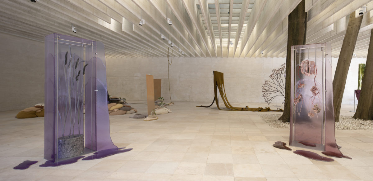 Ane Graff, STATES OF INFLAMMATION, 2019. Glass cabinet in Fuchsia glass, Glass cabinet in Lavender glass. FotoFinnish National Gallery | Pirje Mykkänen