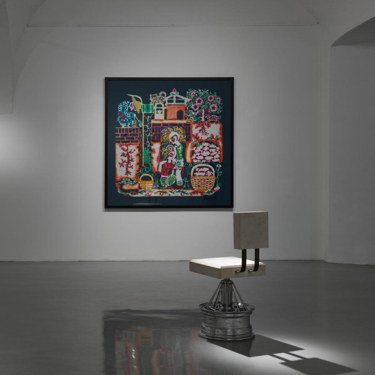 XIYADIE, Papierschnitt, 2019; Dozie Kanu, Chair, 2019. Foto Jaka Babnik, 33. Graphik Biennale Ljubljana
