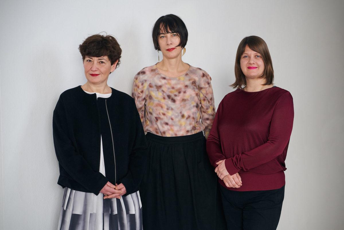 Kuratorinnenkollektiv WHW, v.l.n.r.: Nataša Ilić, Ivet Ćurlin, Sabina Sabolović, Fotocredit: Damir Žižić