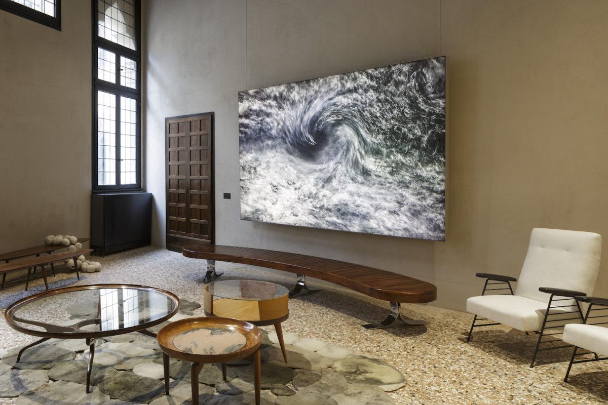 Möbel der Brasilianischen Moderne bei Mercado Moderno (Rio De Janeiro), NOMAD Venedig 2019. Foto Filippo Bamberghi