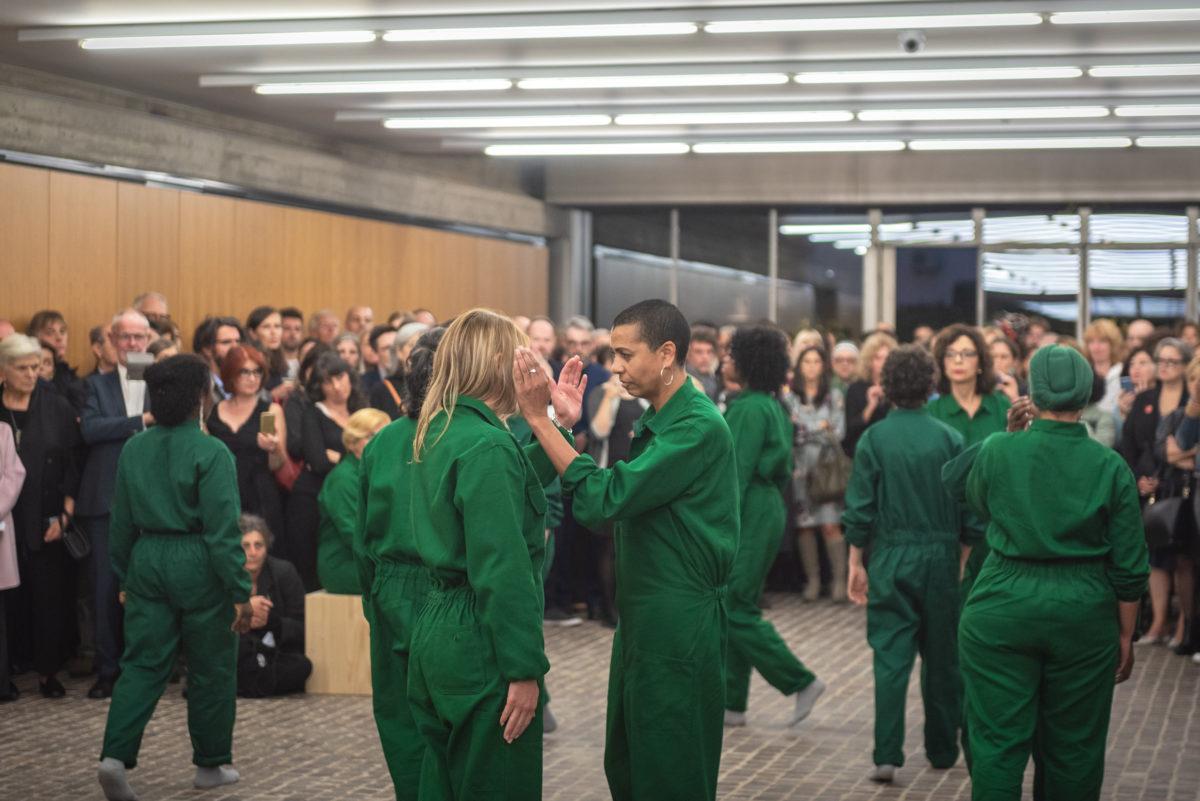 Eröffnungsperformance von Helen Cammock, Collezione Maramotti 2019