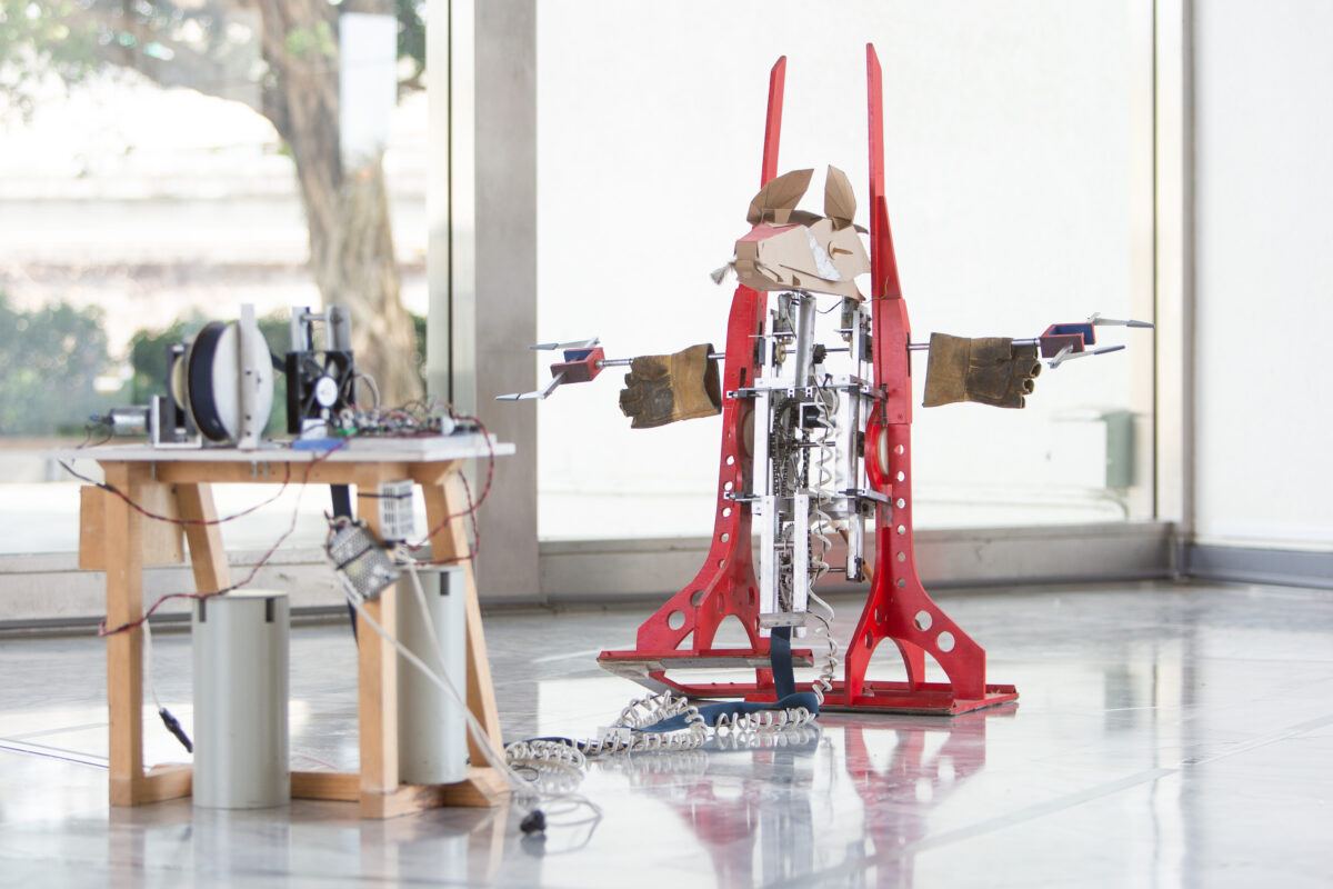 Fernando Palma Rodríguez, Soldado (red), 2001, wooden structure, electronic circuits, sensors and software, dimensions variable. Courtesy of the Artist and Taipei Fine Arts Museum.